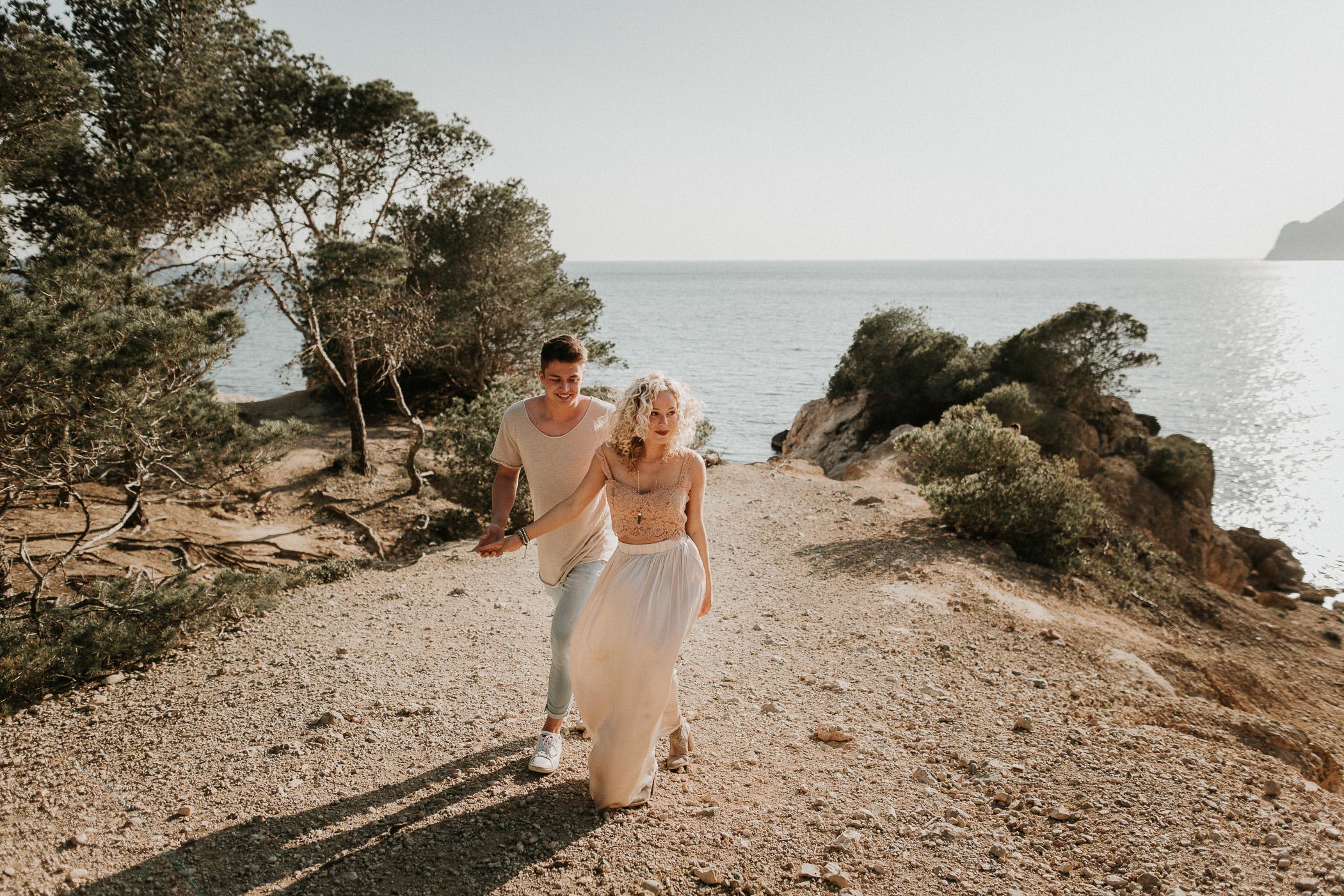 DanielaMarquardtPhotography_elopement_mallorca_spain_paguera_palma_charlyandbela_1