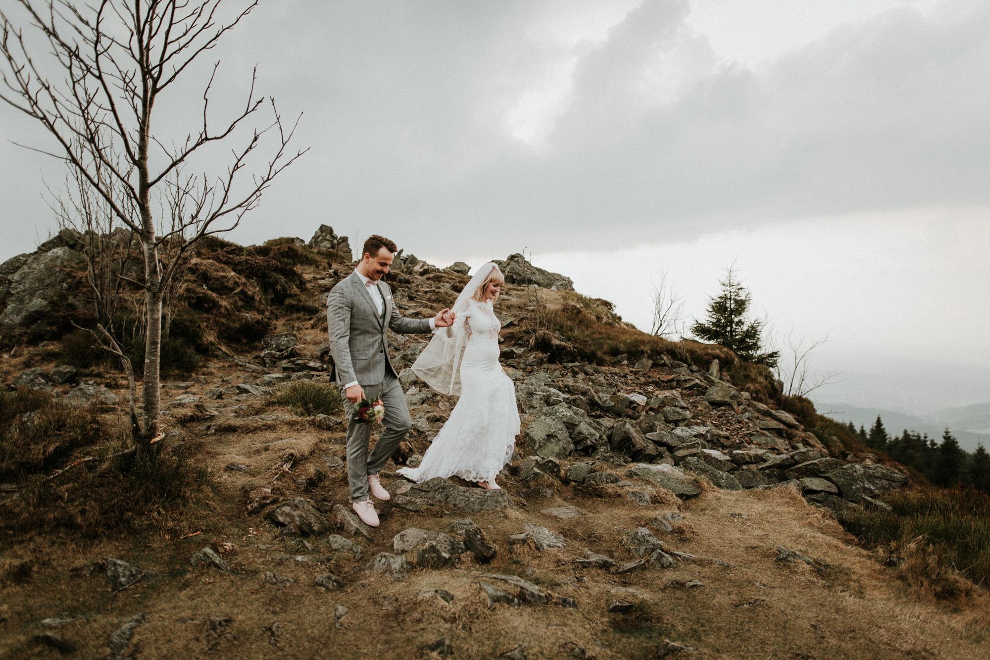 DanielaMarquardtPhotography_Hochzeitsfotograf_Düsseldorf_Köln_Mallorca_Bayern_Austria_Harz_LinaundMaik_Afterwedding-Shooting_Weddingphotographer_Ibiza_Tuskany_Italien_Toskana59
