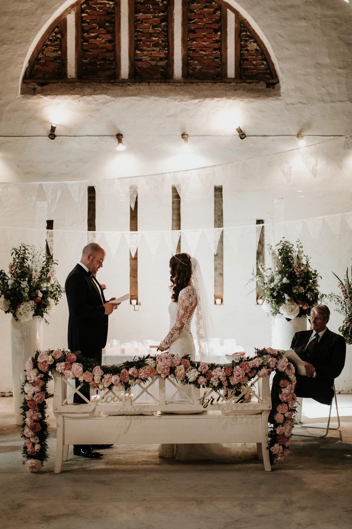 DanielaMarquardtPhotography_Hochzeitsfotograf_Düsseldorf_Köln_Mallorca_Bayern_Austria_Harz_Wedding_AileenundLennart_Weddingphotographer_Ibiza_Tuskany_Italien_Toskana_Portugal_Lissabon134