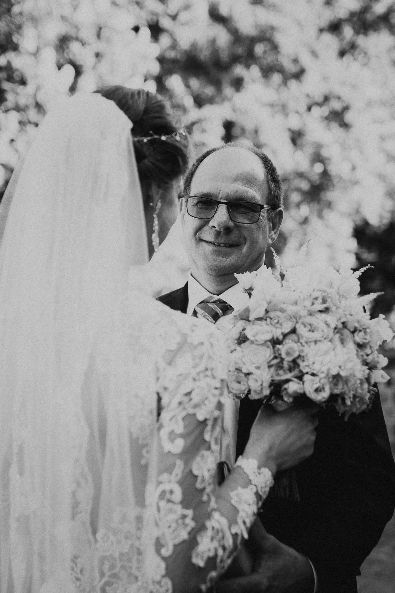 DanielaMarquardtPhotography_Hochzeitsfotograf_Düsseldorf_Köln_Mallorca_Bayern_Austria_Harz_Wedding_AileenundLennart_Weddingphotographer_Ibiza_Tuskany_Italien_Toskana_Portugal_Lissabon156