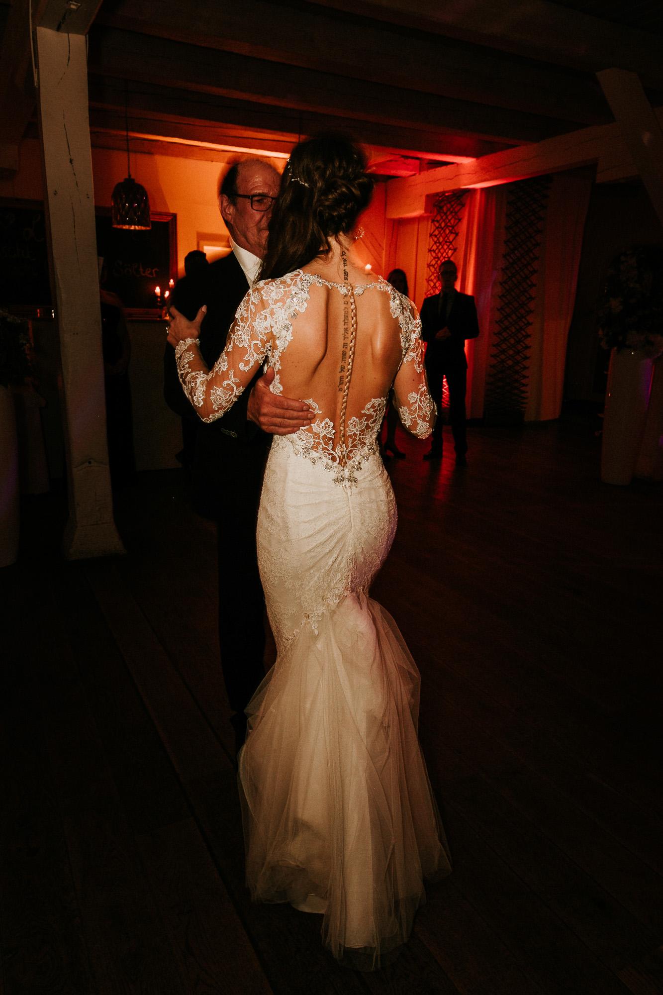 DanielaMarquardtPhotography_Hochzeitsfotograf_Düsseldorf_Köln_Mallorca_Bayern_Austria_Harz_Wedding_AileenundLennart_Weddingphotographer_Ibiza_Tuskany_Italien_Toskana_Portugal_Lissabon273
