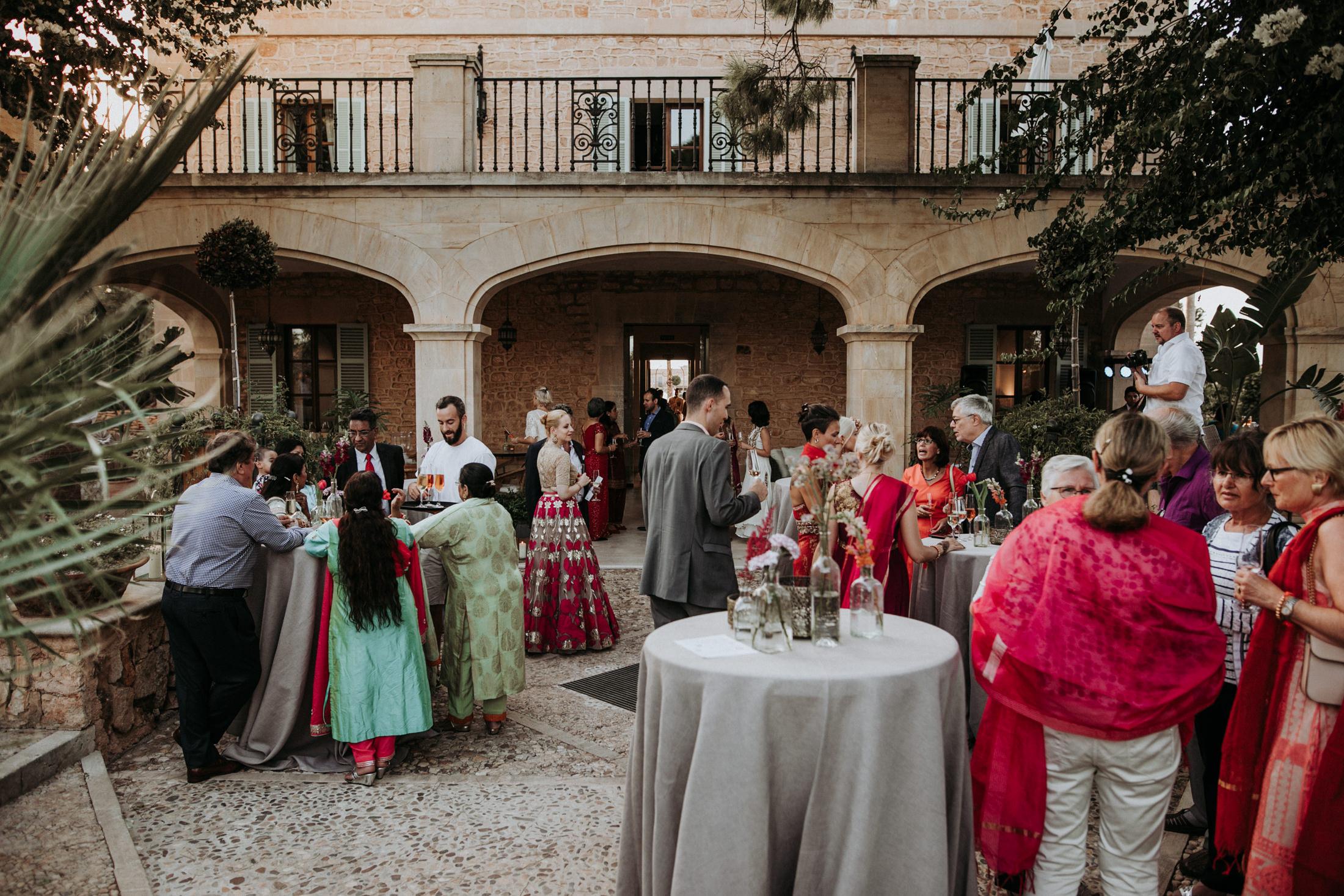 Wedding_Photographer_Mallorca_Daniela-Marquardt_Photography_New_York_Iceland_Tuscany_Santorini_Portugal_Austria_Bavaria_Elopement_Hochzeitsfotograf_AntjeRajat1_45