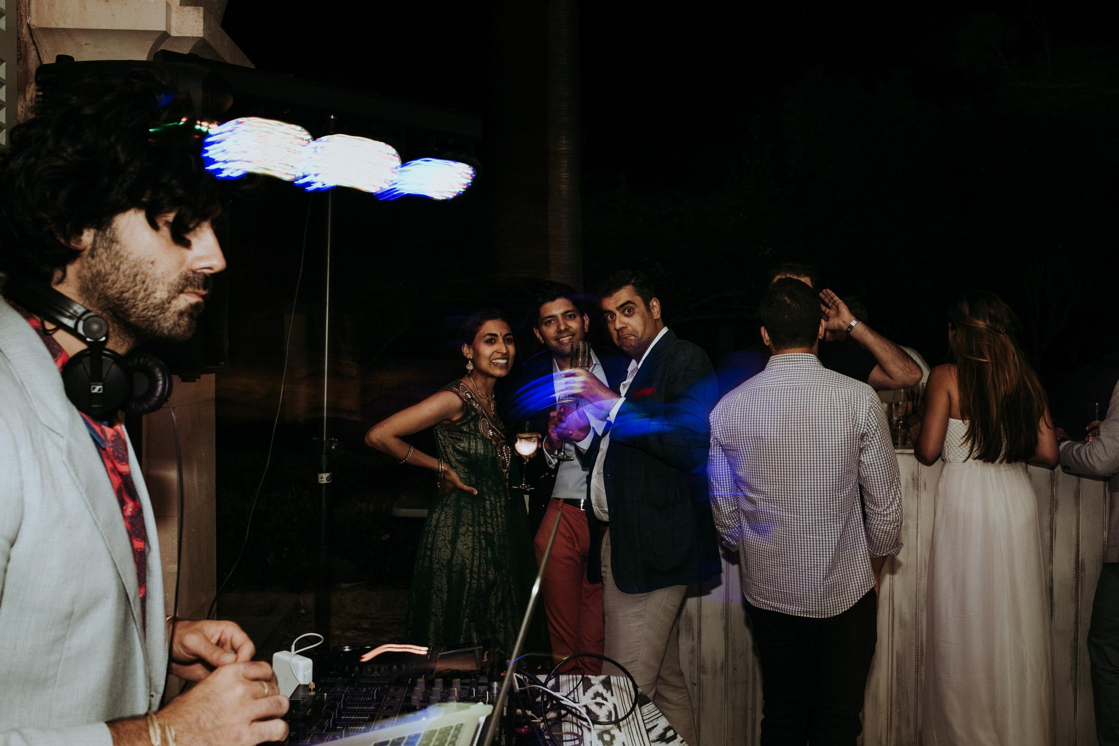 Wedding_Photographer_Mallorca_Daniela-Marquardt_Photography_New_York_Iceland_Tuscany_Santorini_Portugal_Austria_Bavaria_Elopement_Hochzeitsfotograf_AntjeRajat1_58