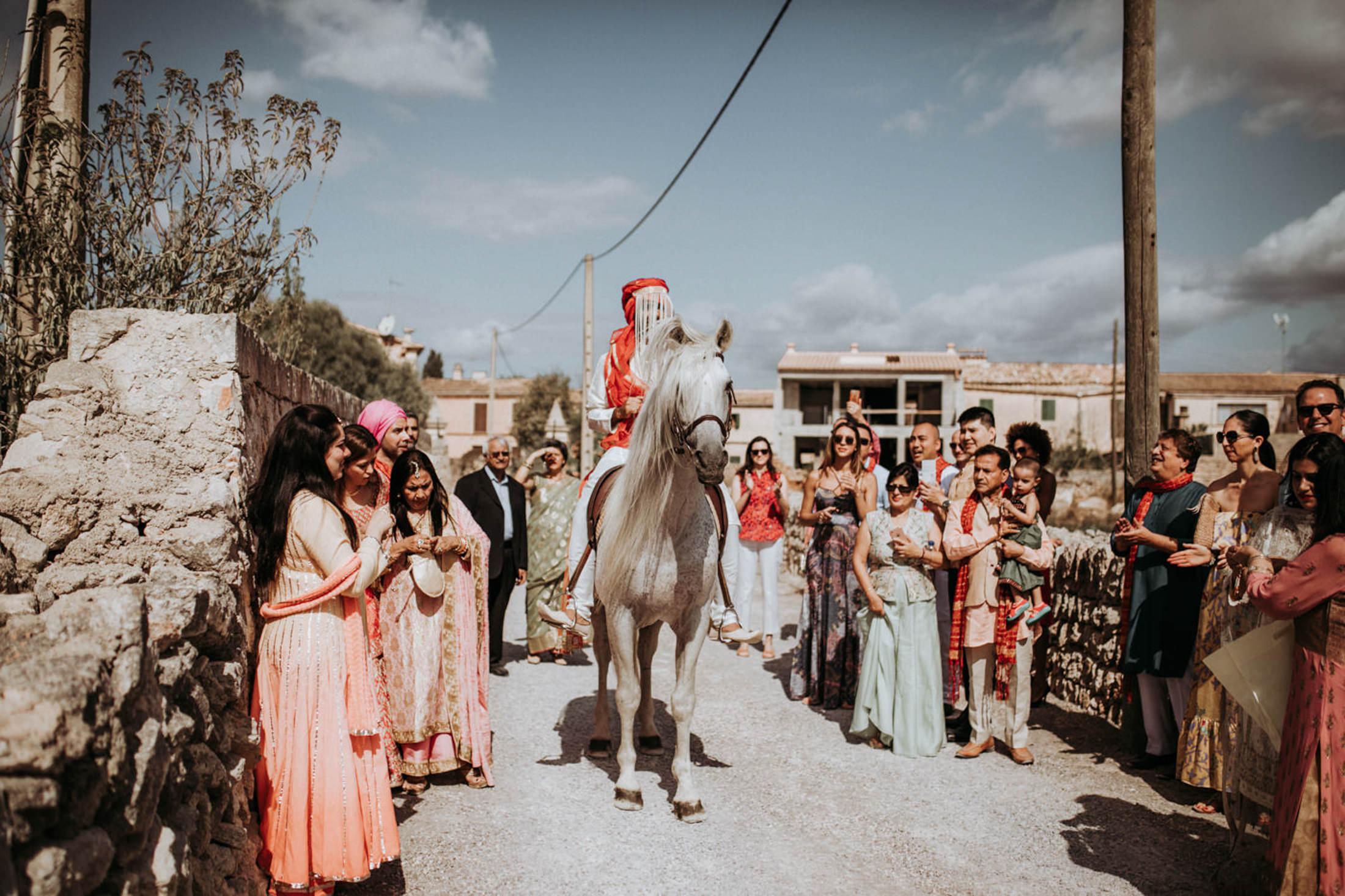 Wedding_Photographer_Mallorca_Daniela-Marquardt_Photography_New_York_Iceland_Tuscany_Santorini_Portugal_Austria_Bavaria_Elopement_Hochzeitsfotograf_AntjeRajat2_26