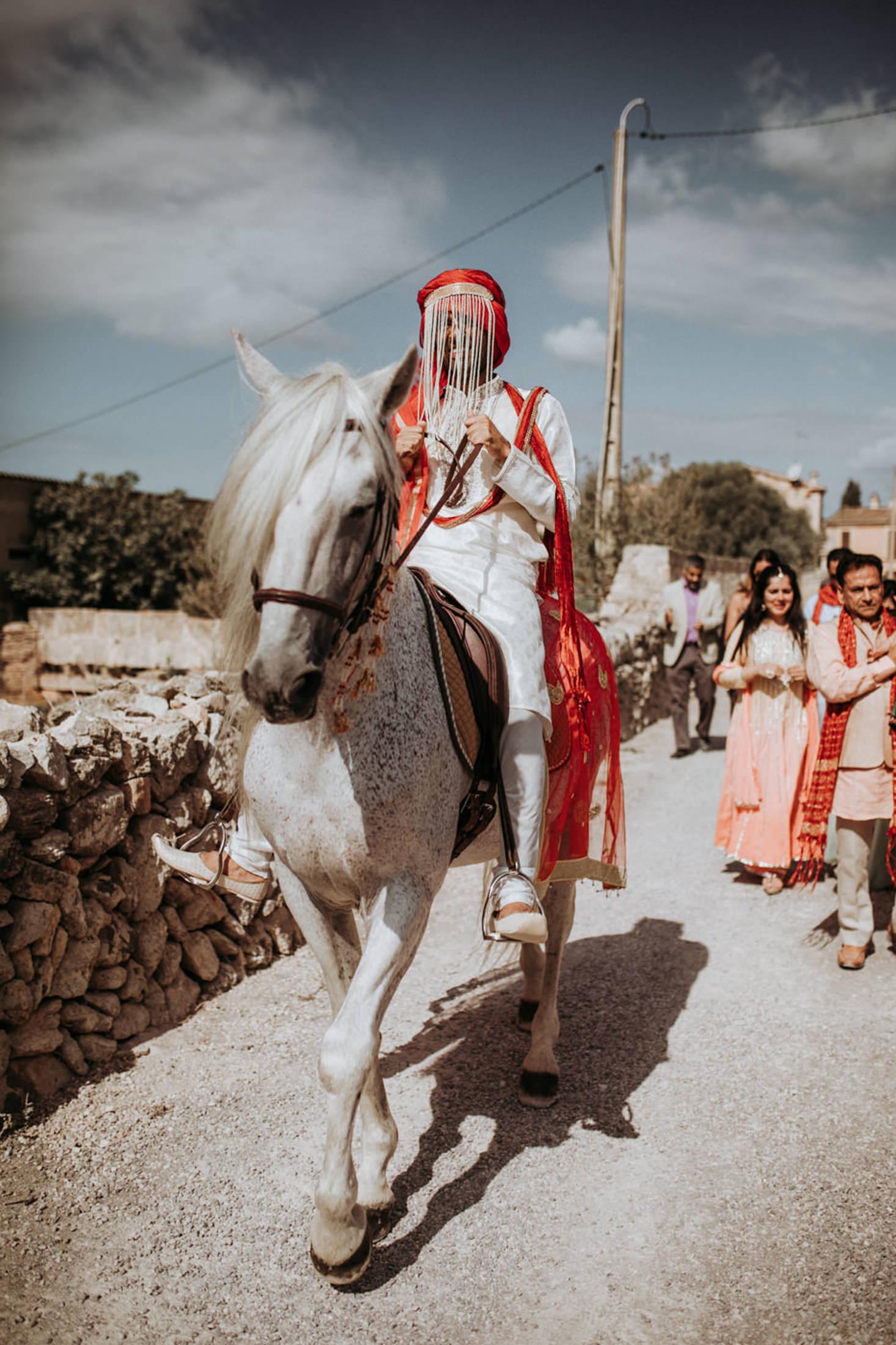 Wedding_Photographer_Mallorca_Daniela-Marquardt_Photography_New_York_Iceland_Tuscany_Santorini_Portugal_Austria_Bavaria_Elopement_Hochzeitsfotograf_AntjeRajat2_28